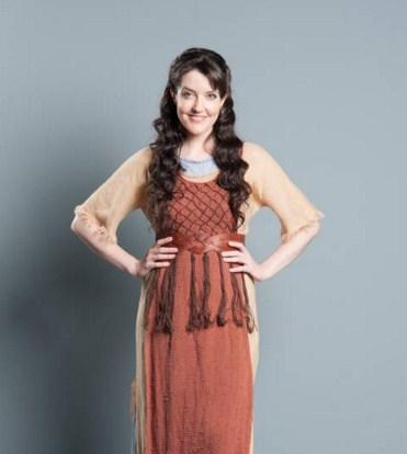 Como se llama la actriz que hace de Miriam en Moises y los diez mandamientos