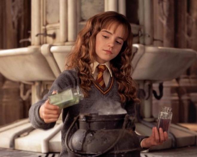 Como se llama la amiga de Harry Potter