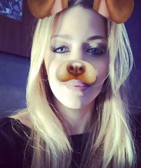 Aplicacion del perro que saca la lengua