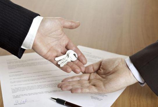 Arrendatario persona que alquila una casa