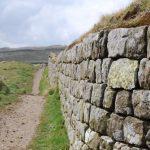 Como se llama una pared de piedra
