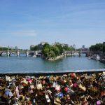 Como se llama el puente de Francia donde ponen candados
