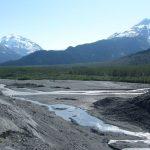Como se llaman los ríos que desembocan en otros ríos